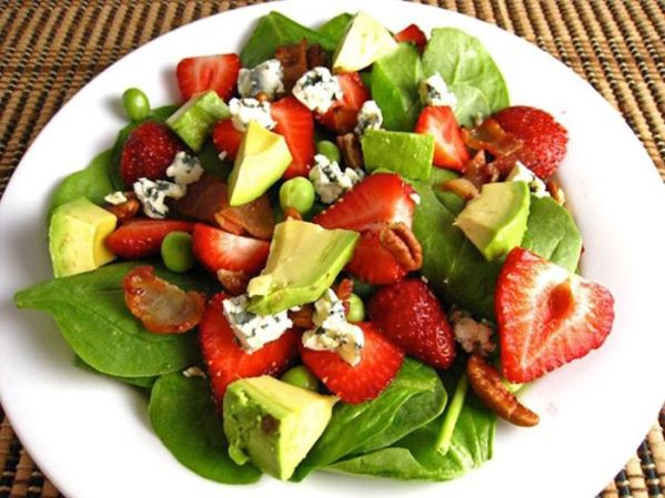 dinner-replacement-in-every-healthy-diet-avocado-fruit-salad